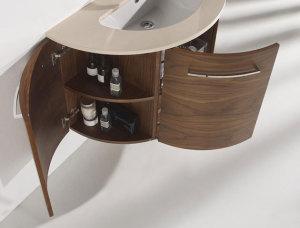 Detalle compartimentos de baño