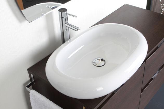 Plan de travail et lavabo