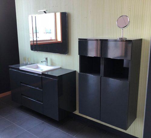 Conjunto modular con espejo decorativo con aplique